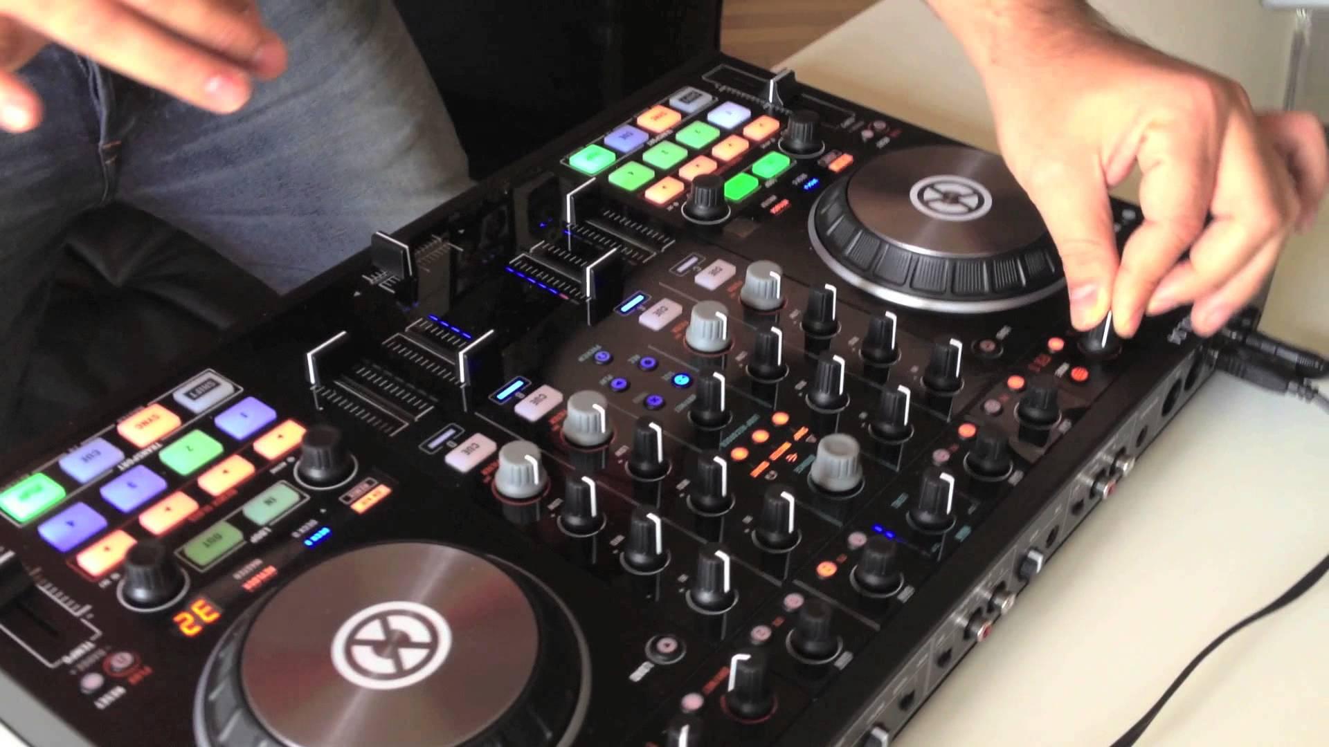 Rent Jon's Traktor Kontrol S4 DJ Controller