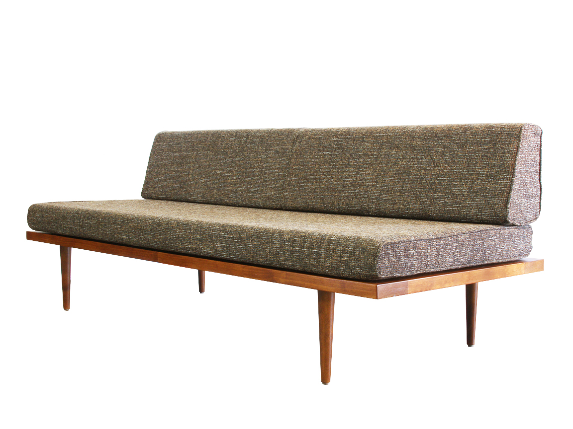 The Classic Daybed — Casara Modern