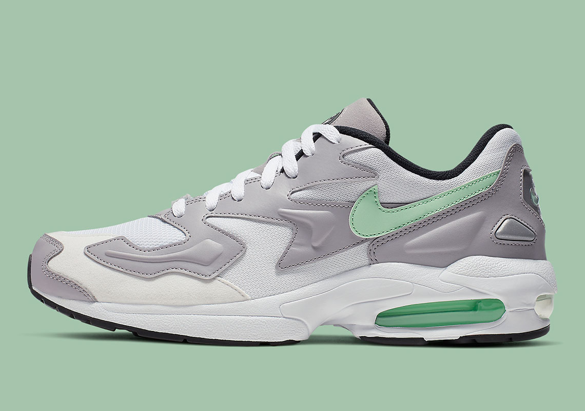 nike-air-max-2-light-mint-CJ0523_100-6.png