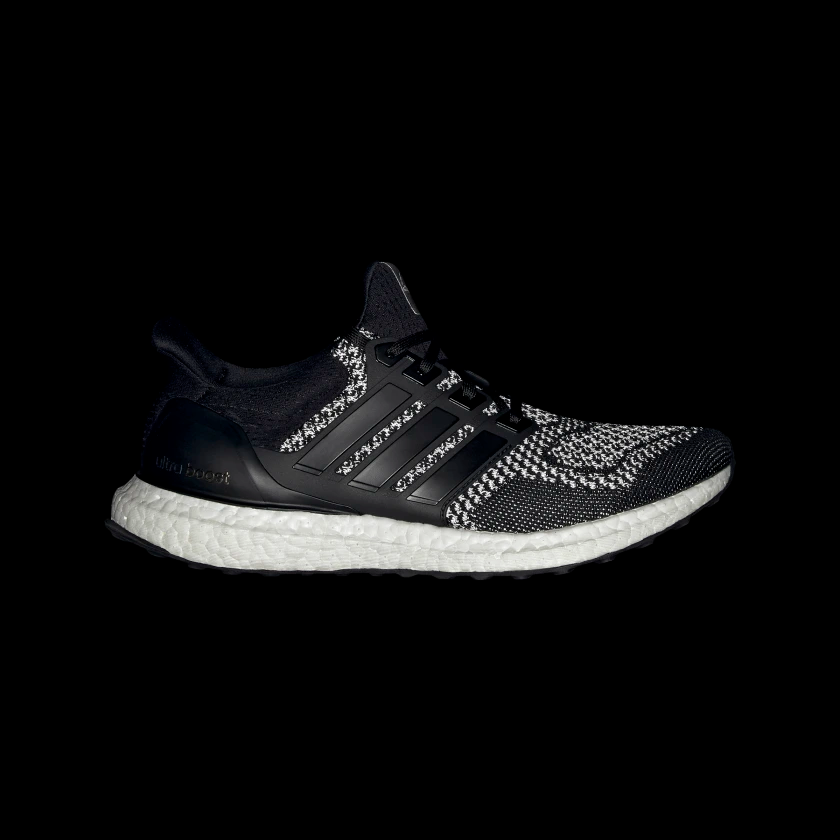 Ultra_Boost_Shoes_Black_AQ5561_012_hover_standard.png