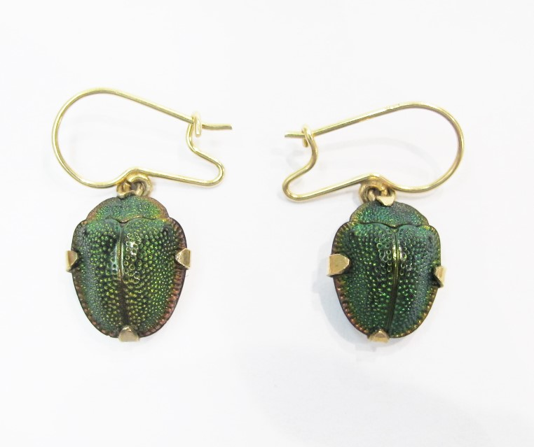 耳环 . 14k yellow gold, Brazilian tortoise beetles. Mid-19th century. Currently available at 灰色& Davis.