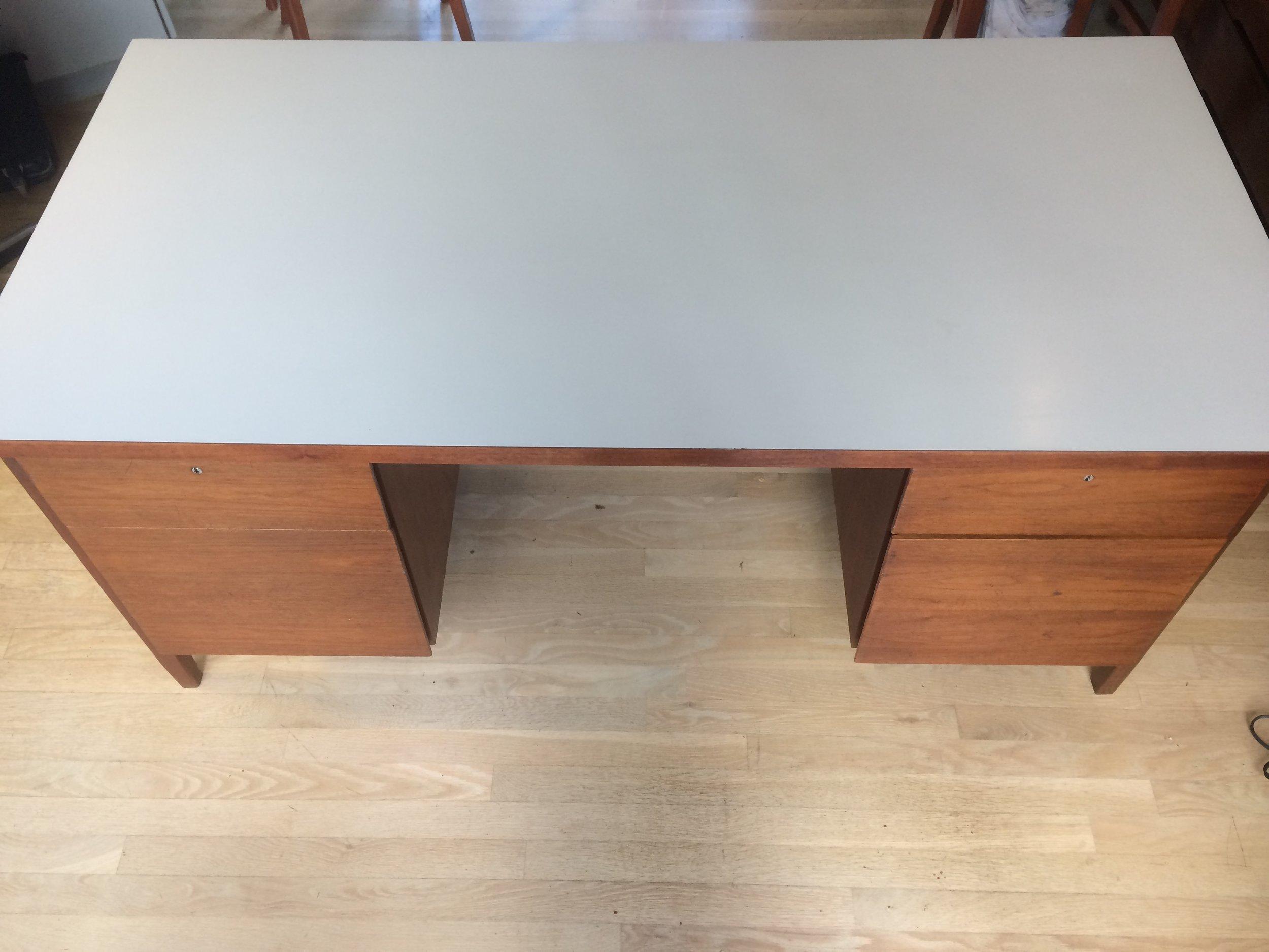 on sale bf327 844fa Knoll walnut desk with white laminate top — Beakerloo