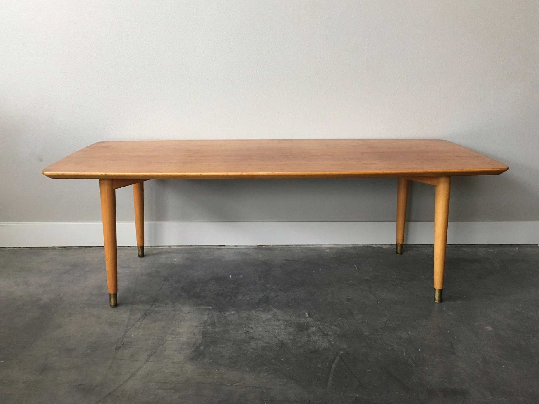 vintage mid century modern blonde coffee table — ReRunRoom | Vintage ...
