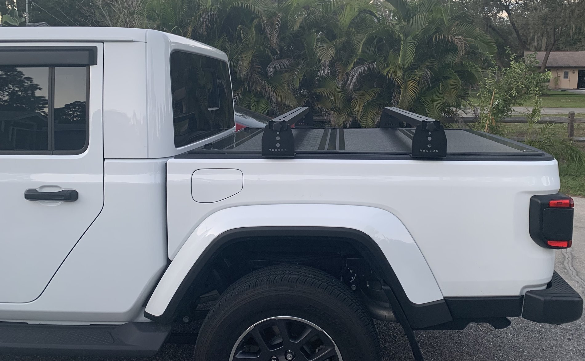 Jeep Gladiator Hi Rise Crossbars For Use With Tonneau Covers Kb Voodoo Fabrications
