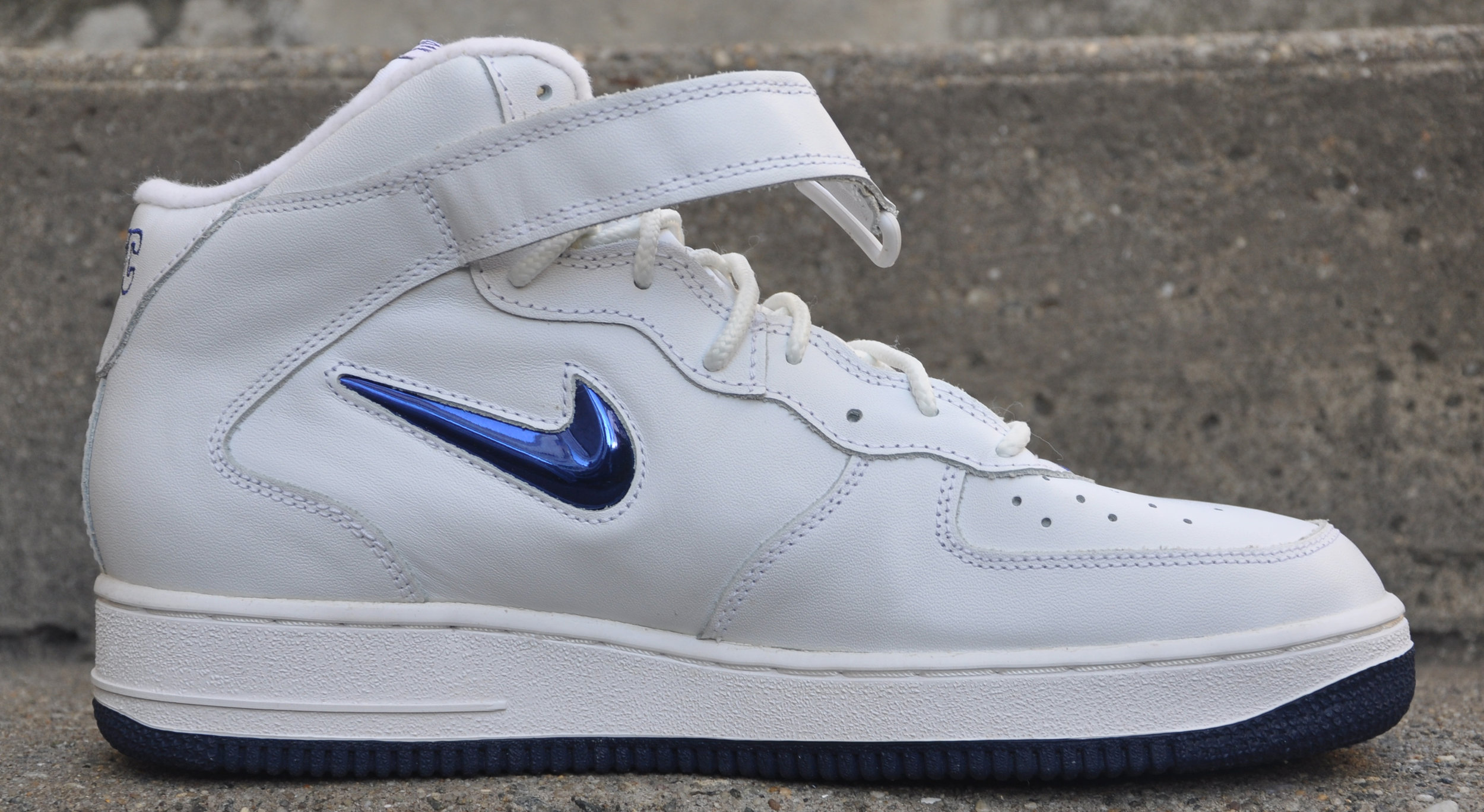 Nike Air Force 1 SJ Mid SC NYC Jewel White Midnight Navy (Size 11) DS — Roots