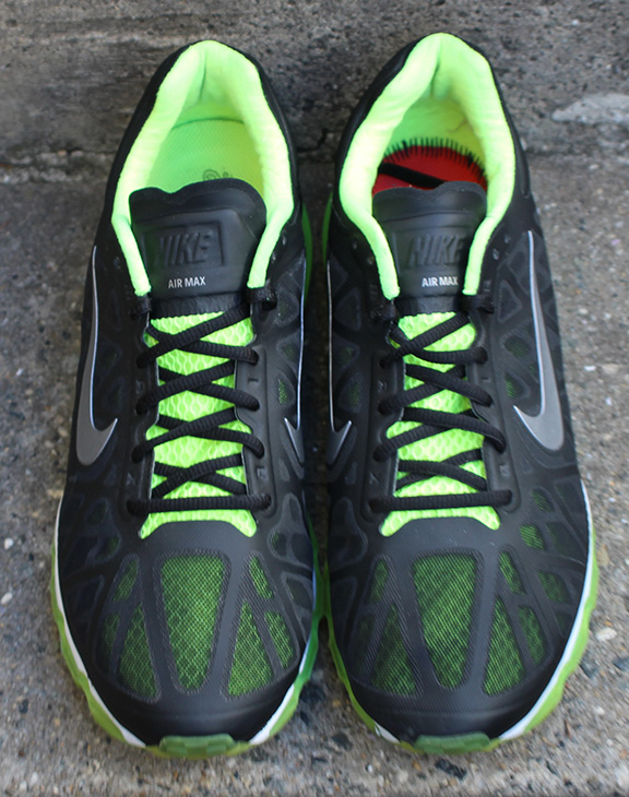 Nike Air Max 2011 Black Neon Green Size 9.5 </p>                     </div> 					<!--bof Product URL --> 										<!--eof Product URL --> 					<!--bof Quantity Discounts table --> 											<!--eof Quantity Discounts table --> 				</div> 			</dd> 						<dt class=