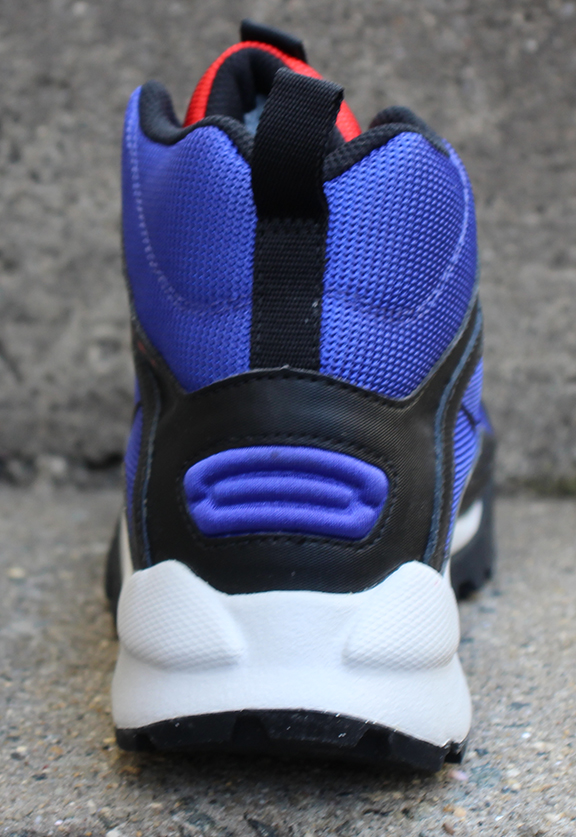 Chile Red DS ACG Nike Wildedge Mid LE Concord