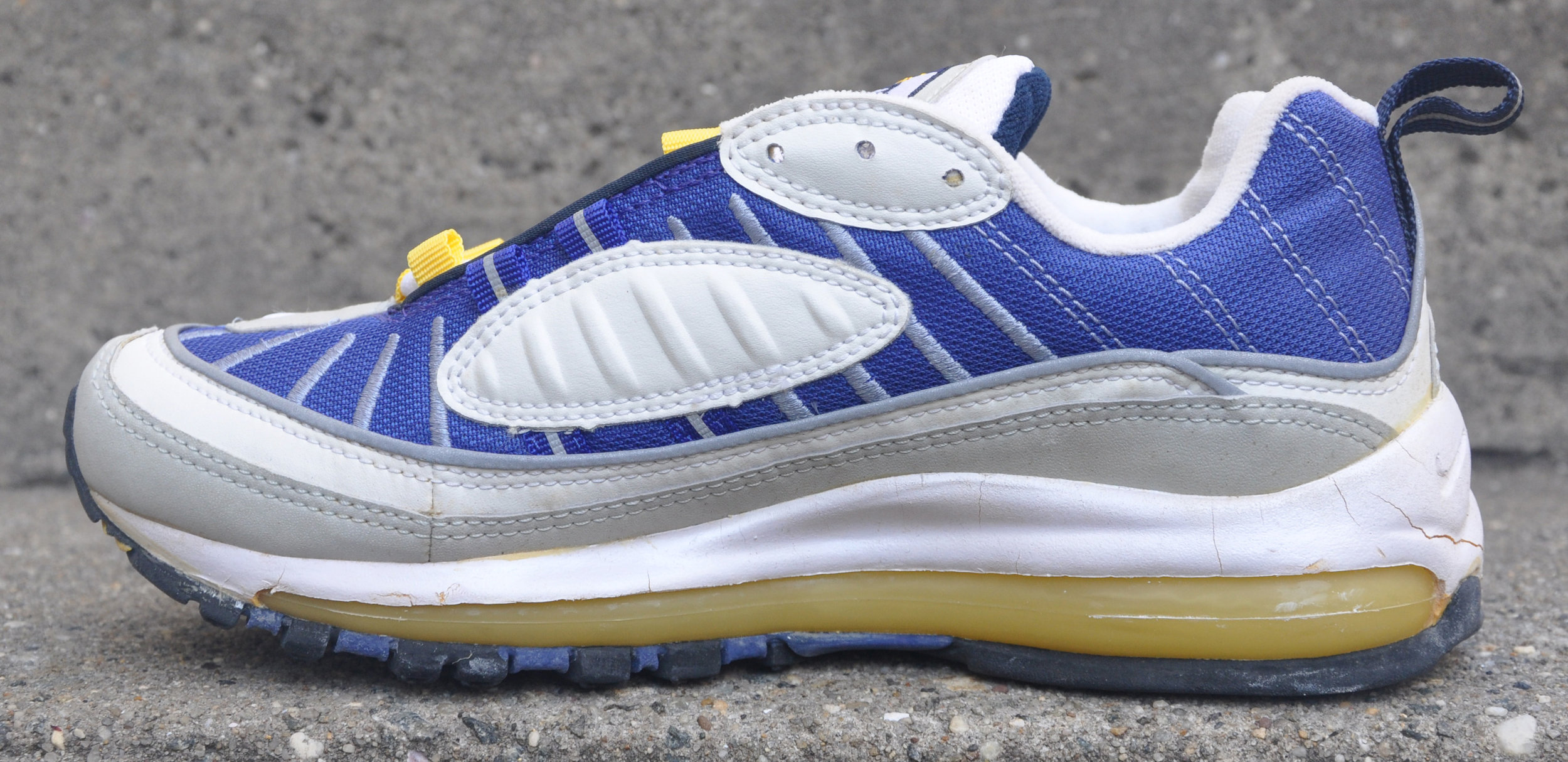 Women`s Nike Air Max 98 Ultramarine (Size 7.5) DS Cracking — Roots