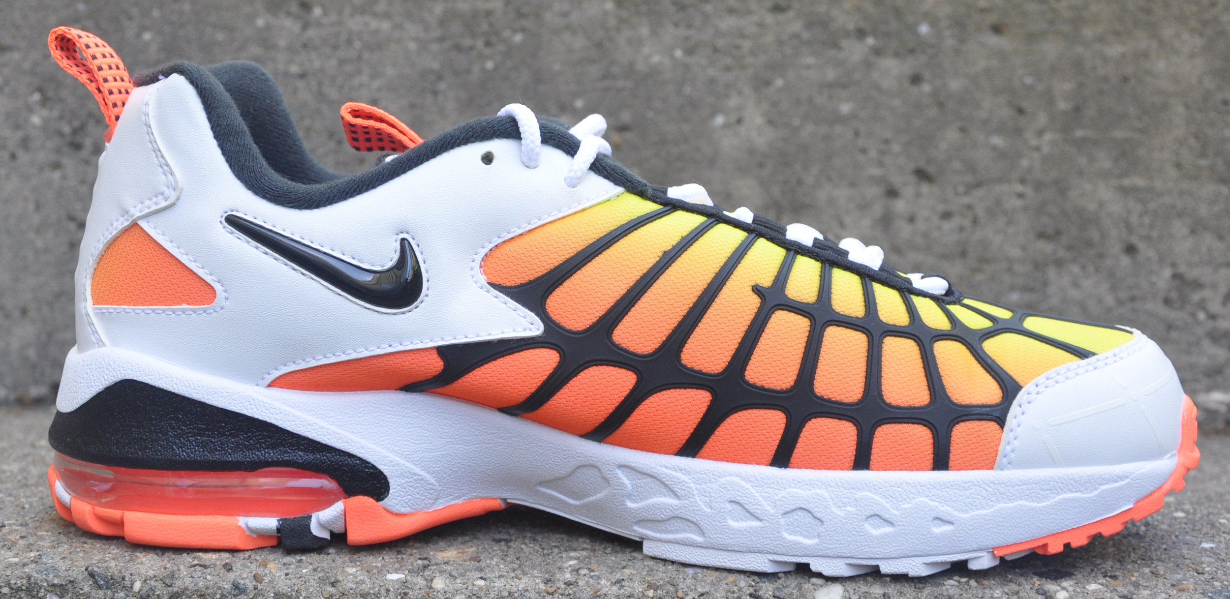 reputable site ef799 ff1a5 Nike Air Max 120 Hyper Orange (Size 10.5) DS — Roots
