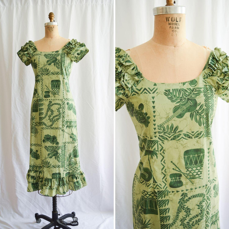 5ba40b382708 Green Guitar. Vintage 1980's Block Print Classic Hawaiian Muumuu. Sz ...