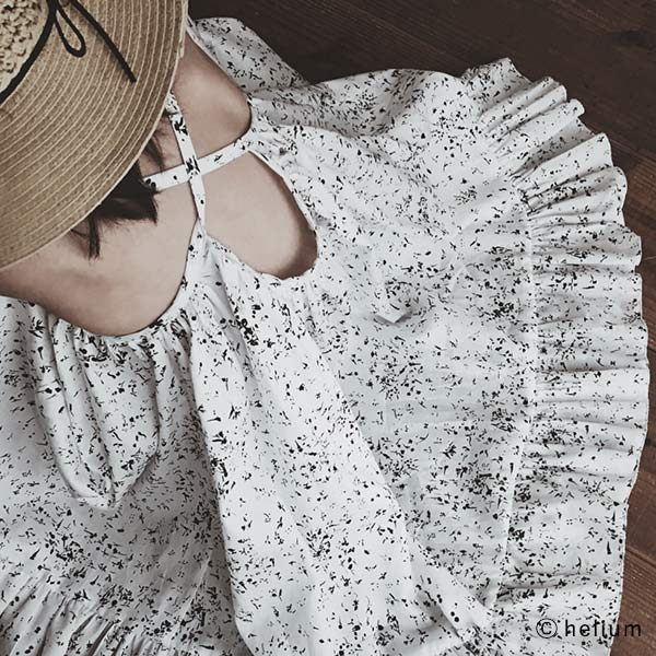Nani Iro Hasard Black /& White Floral Kokka Japan Cotton Sateen Fabric