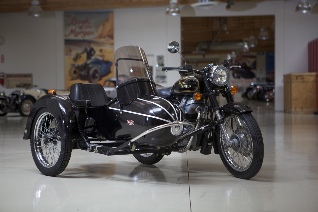 Premium Cozy Rocket Sidecar - Upgraded loaded with all of the options —  Cycle Sidecar Affordable Motorcycle Sidecars