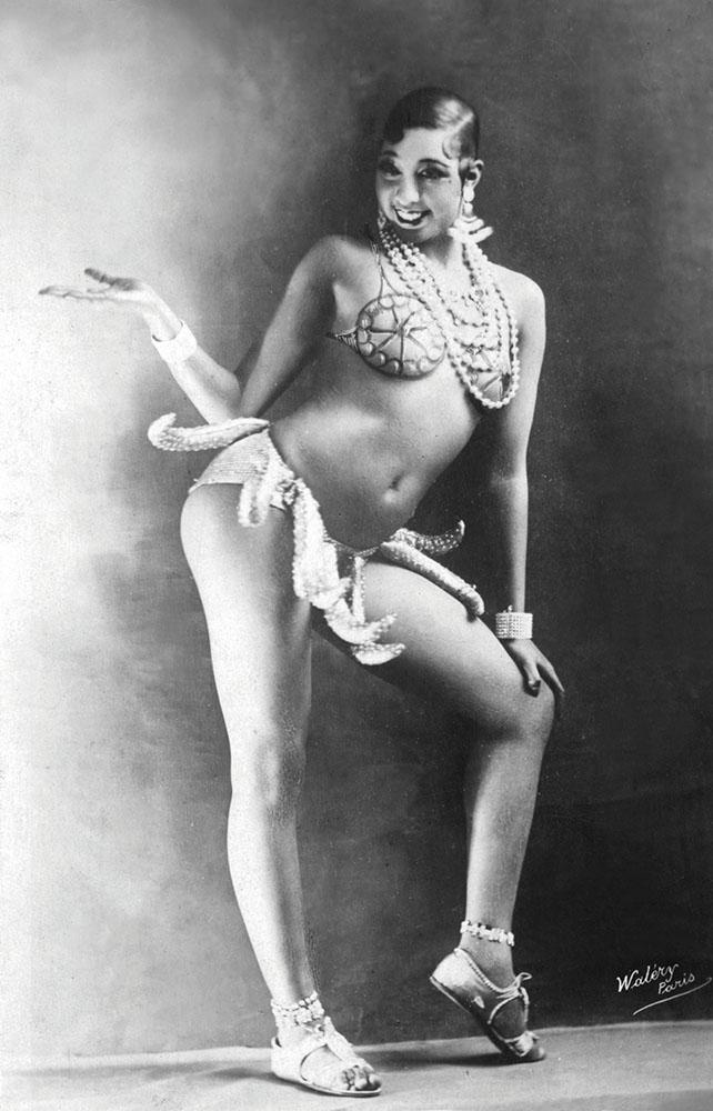 """Josephine Baker in her """"banana costume"""""""