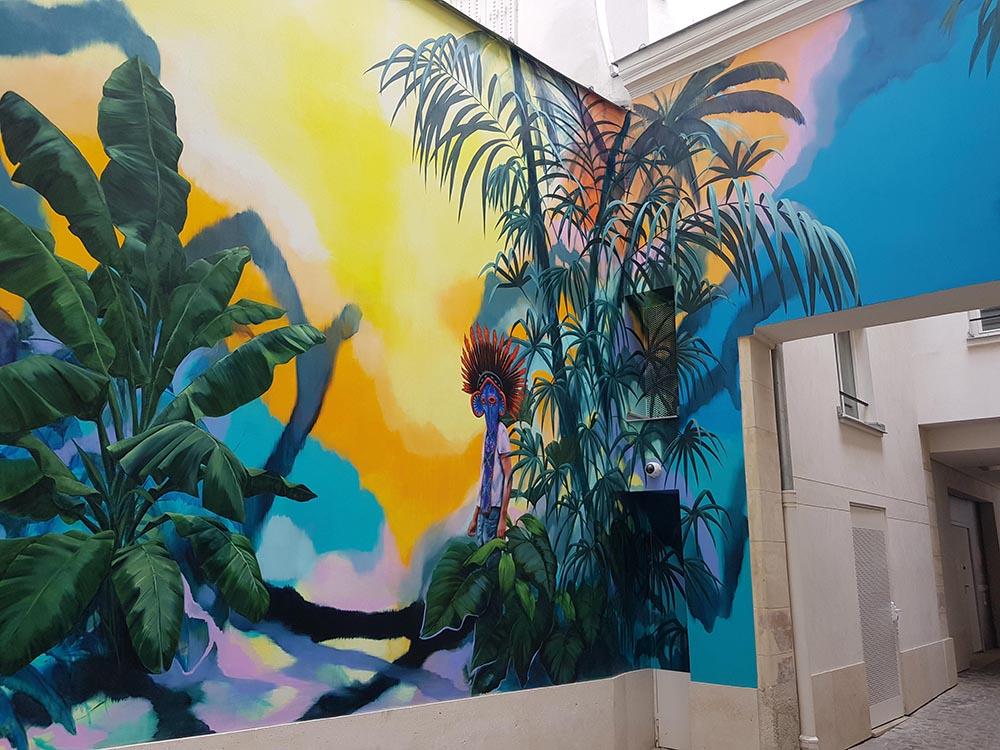 Romain Berninin's wall painting  Grand Bwa  adorns the second entrance of Beaupassage