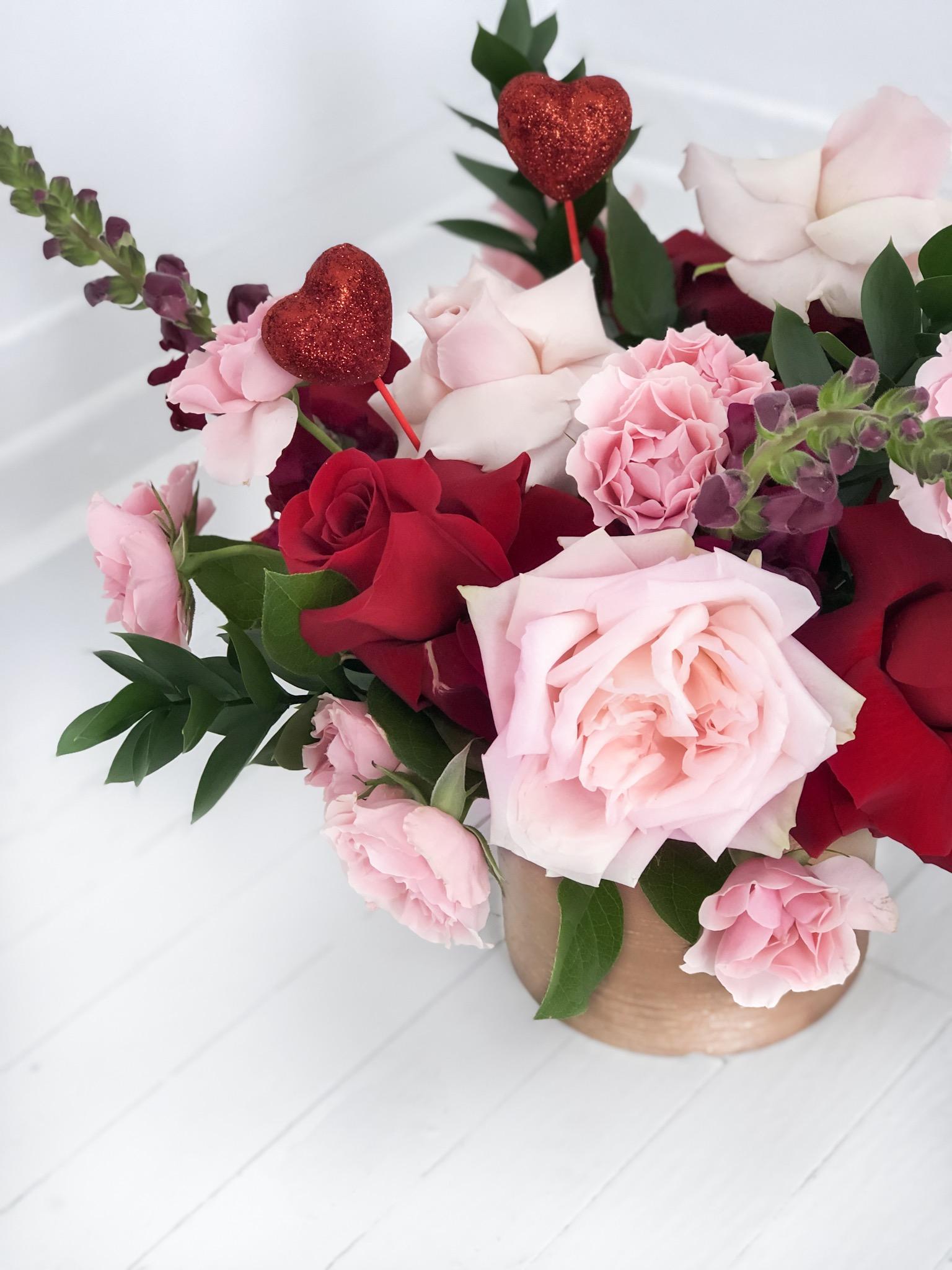 Small Valentine S Arrangement For Pick Up Creative Wedding