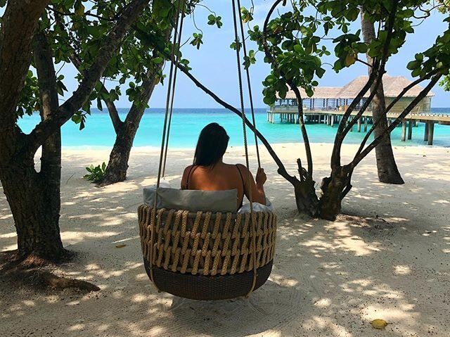 Taking a quiet moment to soak in the beauty of @vakkarumaldives  www.addictedtomaldives.com