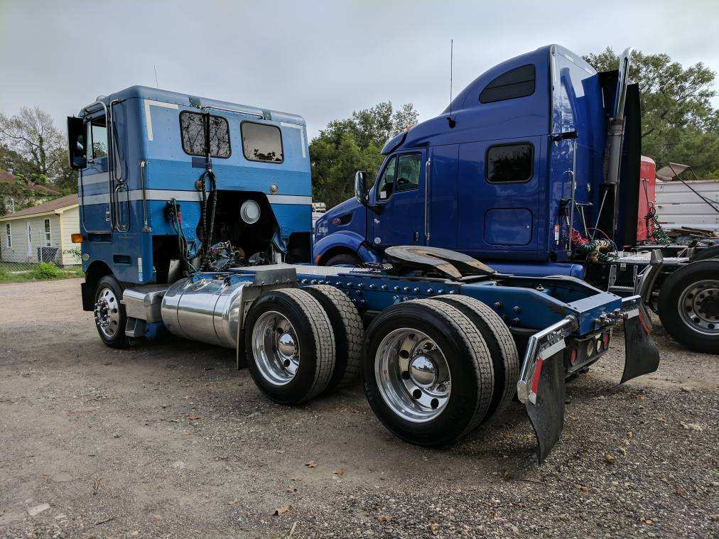 1998 Peterbilt 362 — Cali-Trucks