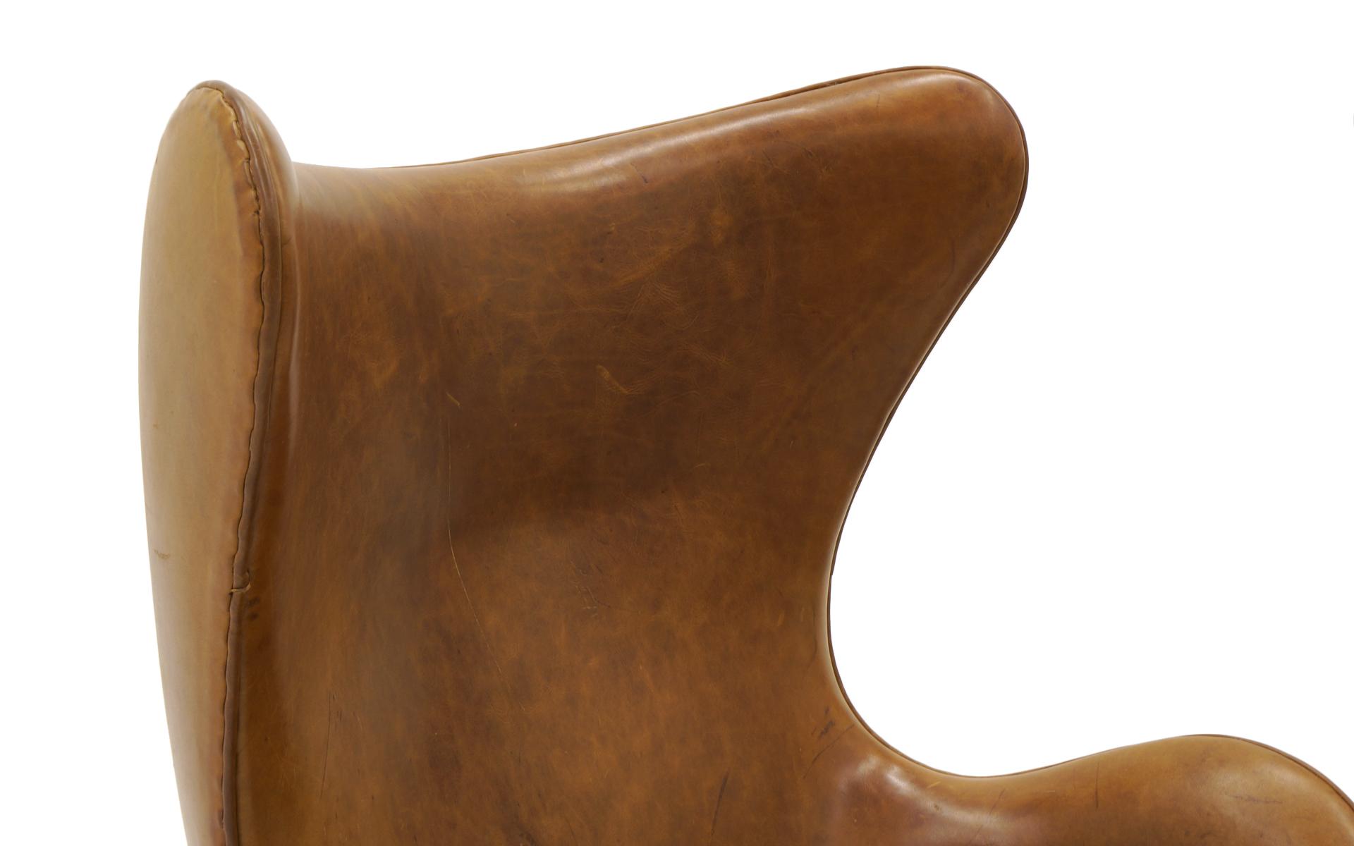 Egg Chair Arne Jacobsen Kopie.Pair Of Arne Jacobsen Egg Chairs With Ottomans For Fritz Hansen