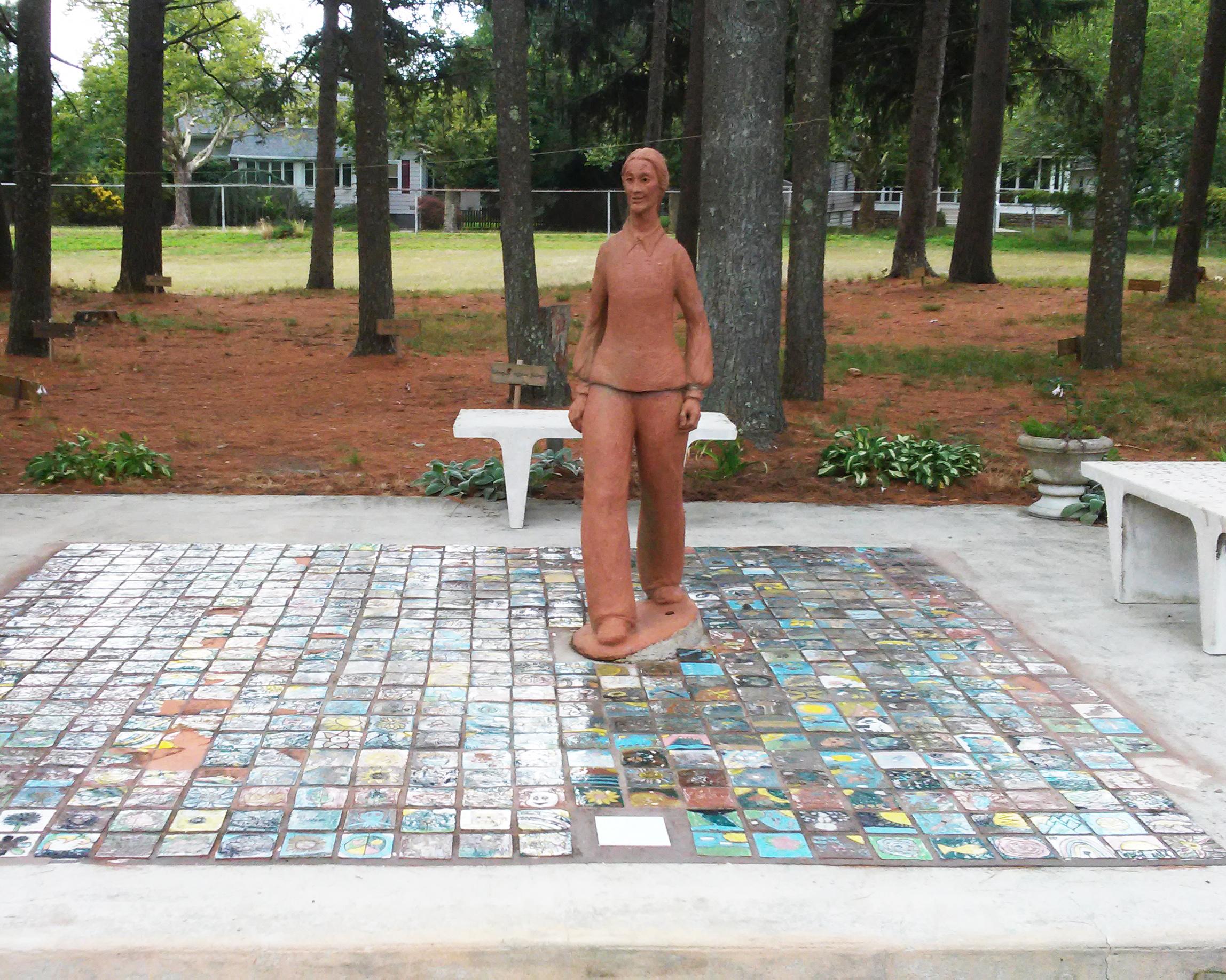 Peace Pilgrim statue in Peace Pilgrim Park