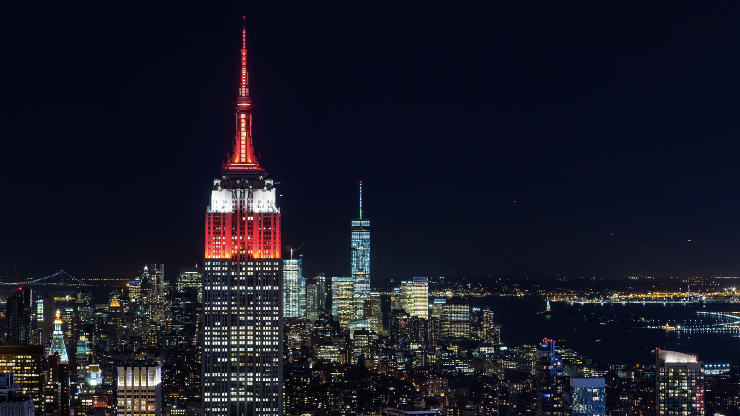 (HD) Empire State Building And Freedom Tower Night - Emeric's Timelapse