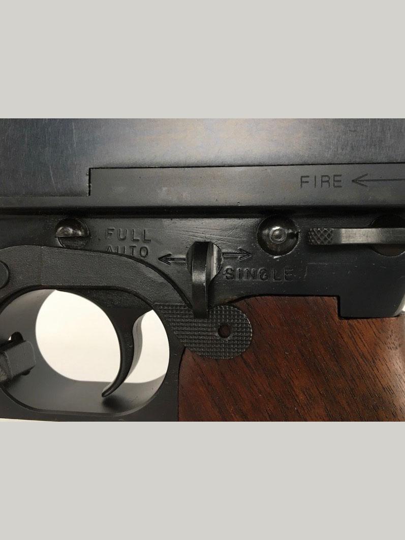 Howell Arms — Thompson 1928 Sub Machine Gun Replica