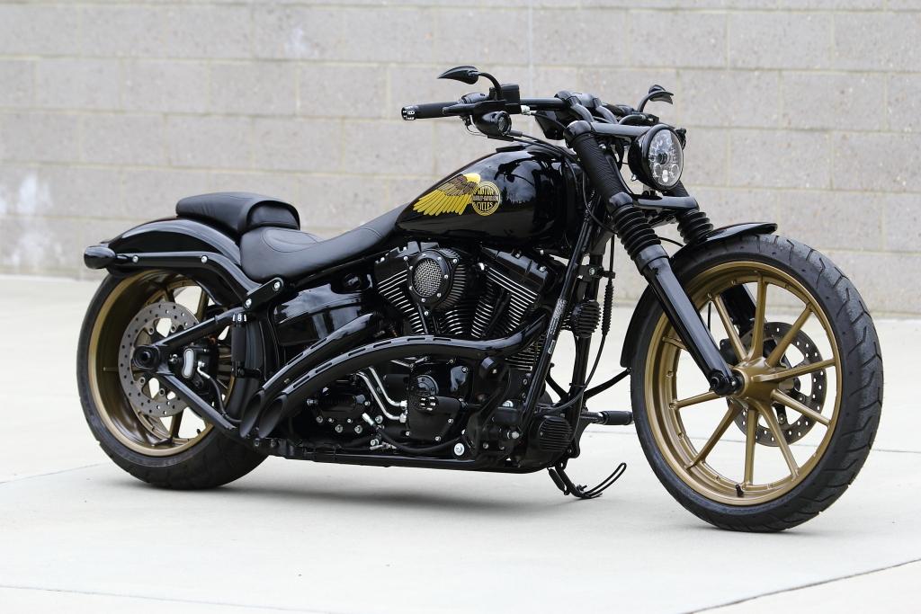 2013 Harley Davidson Softail Breakout - Retro Custom — SOUTHEAST CUSTOM  CYCLES