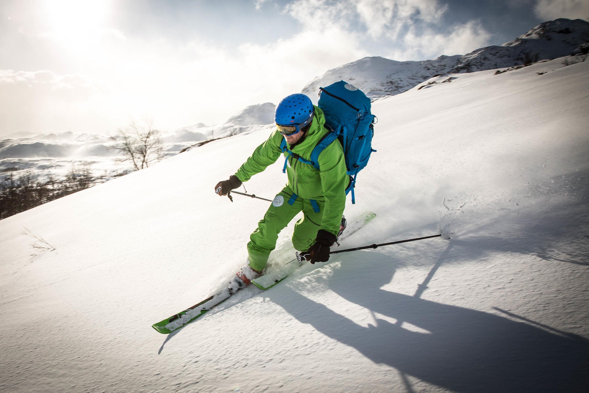 GJENDEGUIDEN tilbyr toppturkurs,skredkurs og skiturar i Jotunheimen. 6 gjester per vegleder. — Gjendeguiden. Your guide in Jotunheimen Nationalpark