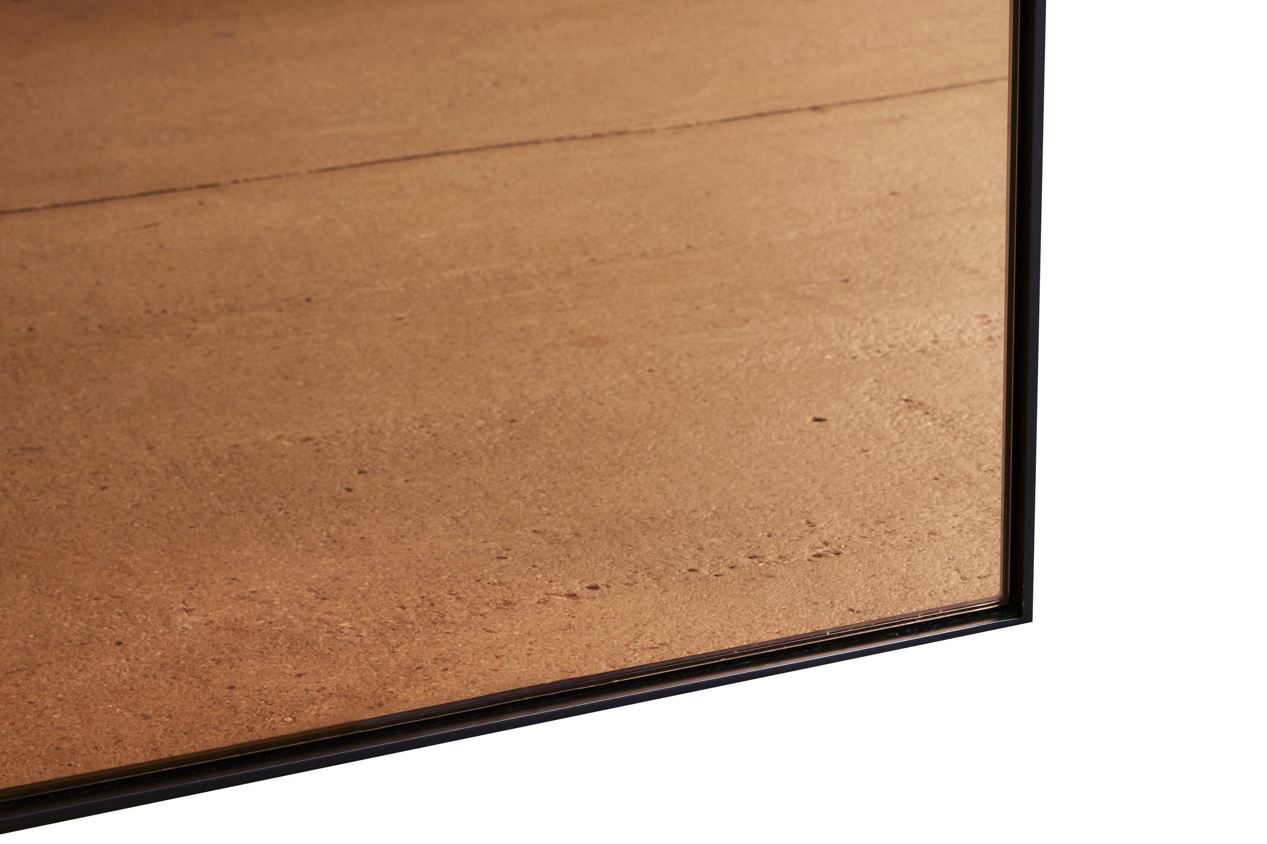 Chrysler Floor Mirror Desiron