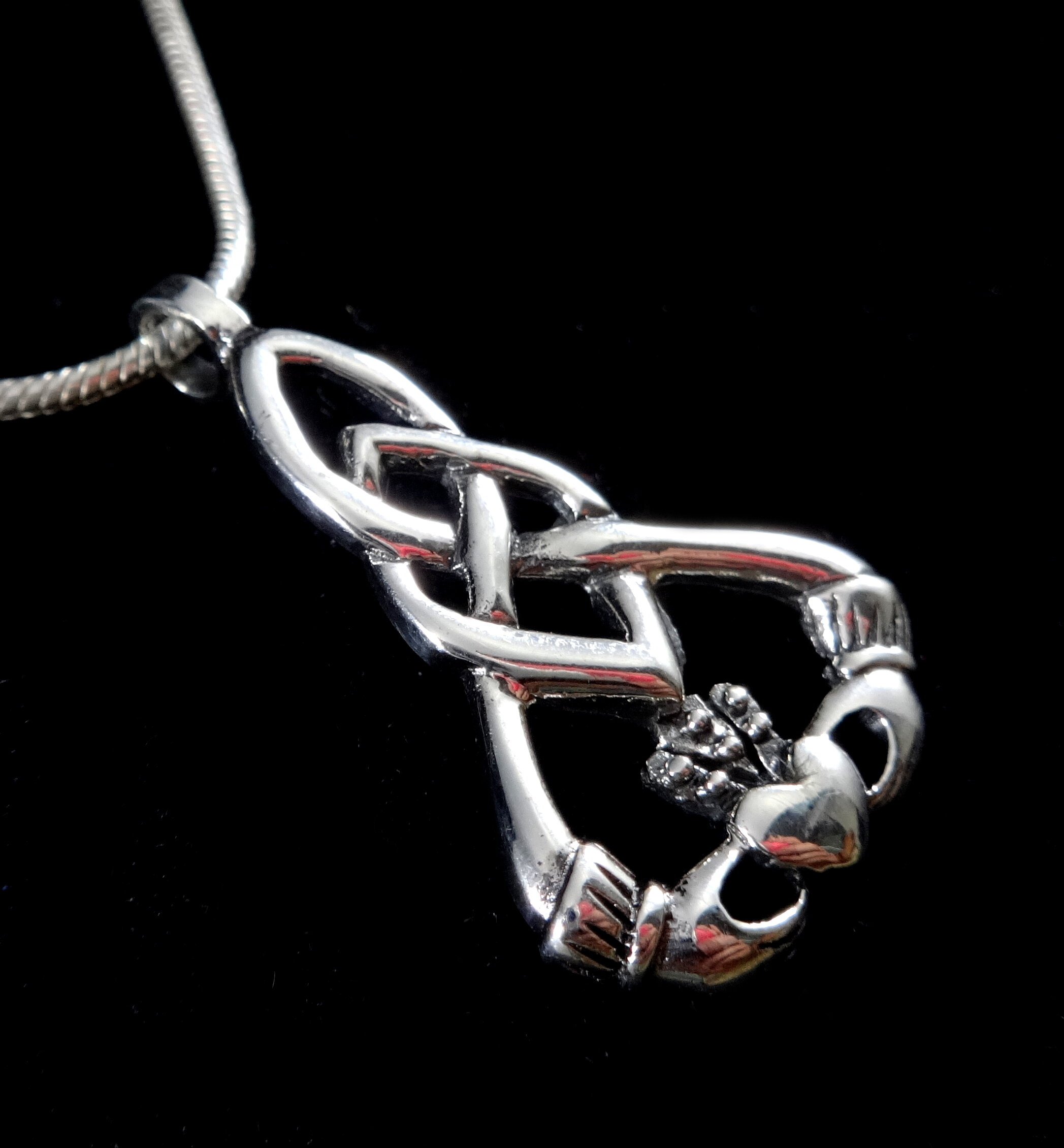 Handcrafted 925 Sterling Silver Celtic Infinity Knot Irish CLADDAGH Pendant