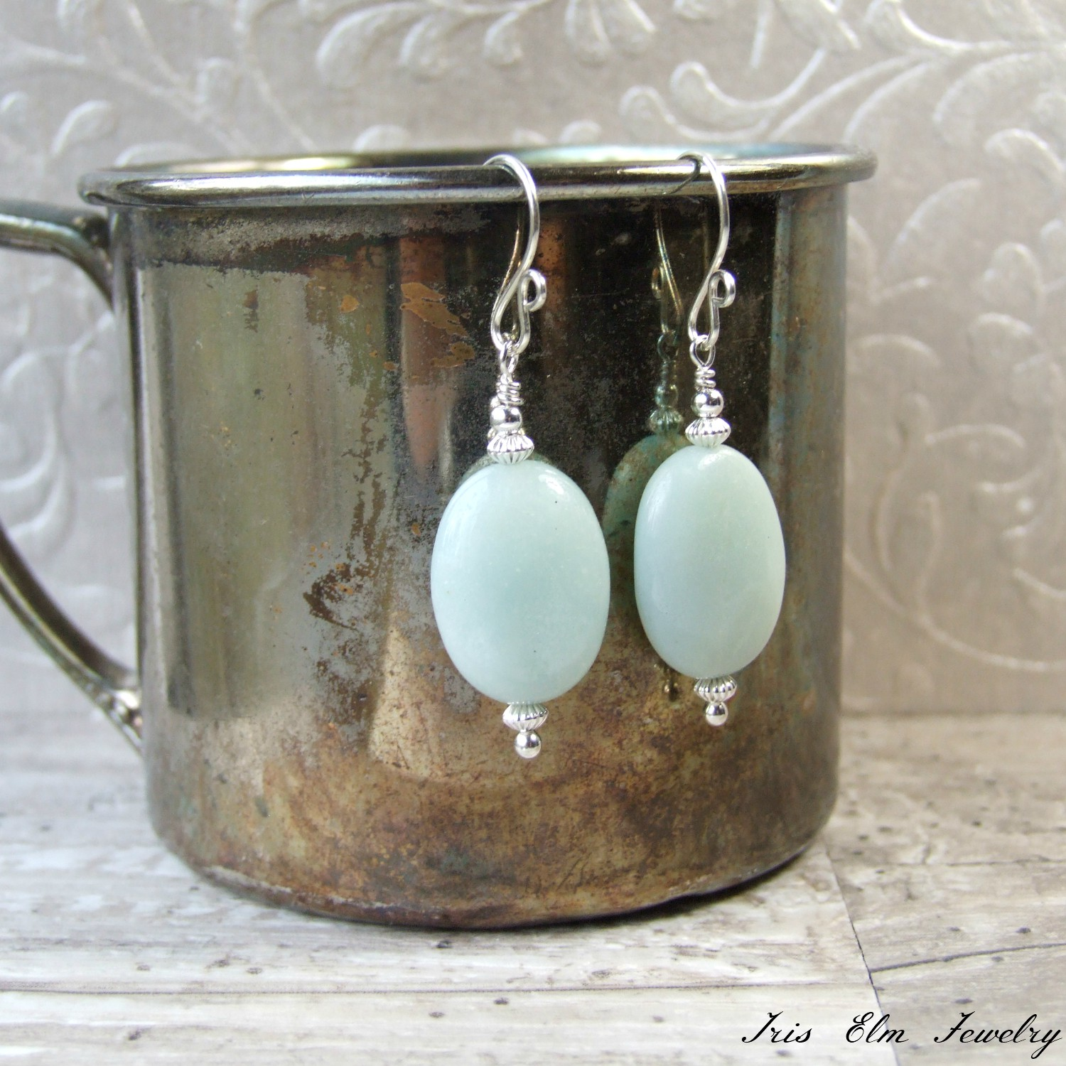 Light 蓝色Amazonite Oval Sterling Stone 耳环