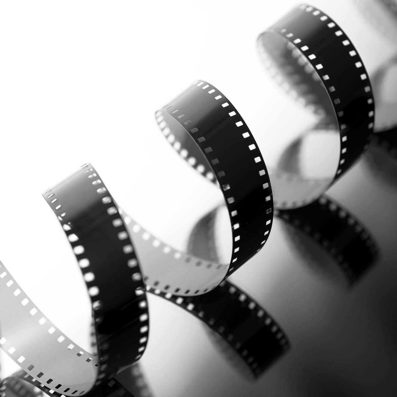 16mm Film Leader - Black & White Twist - Polyester 5mil - *Processing Lab  Leader* — HollywoodFilmSupplies com
