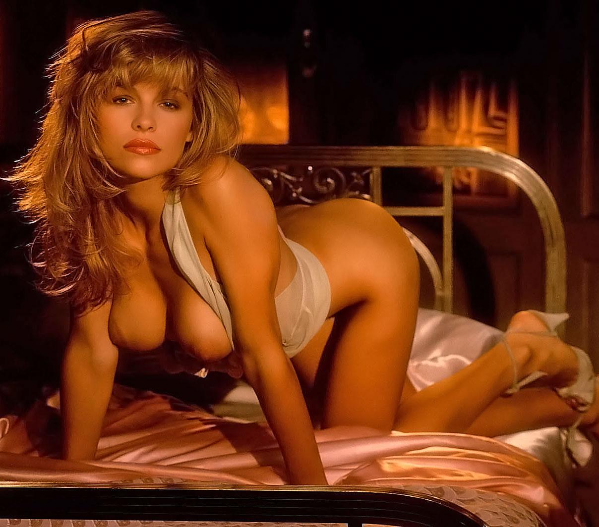 Pamela Paulshock  nackt