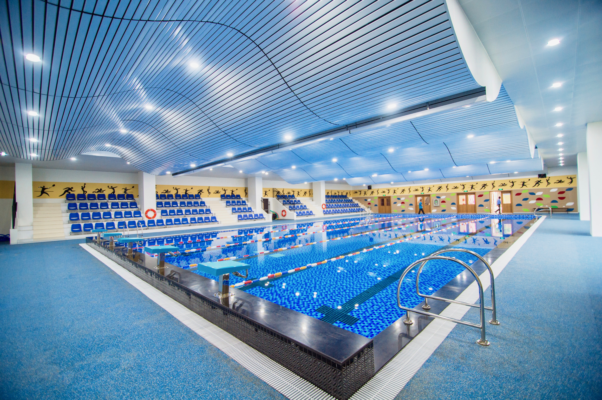 Hoa Lac Aquatic Centre.jpg