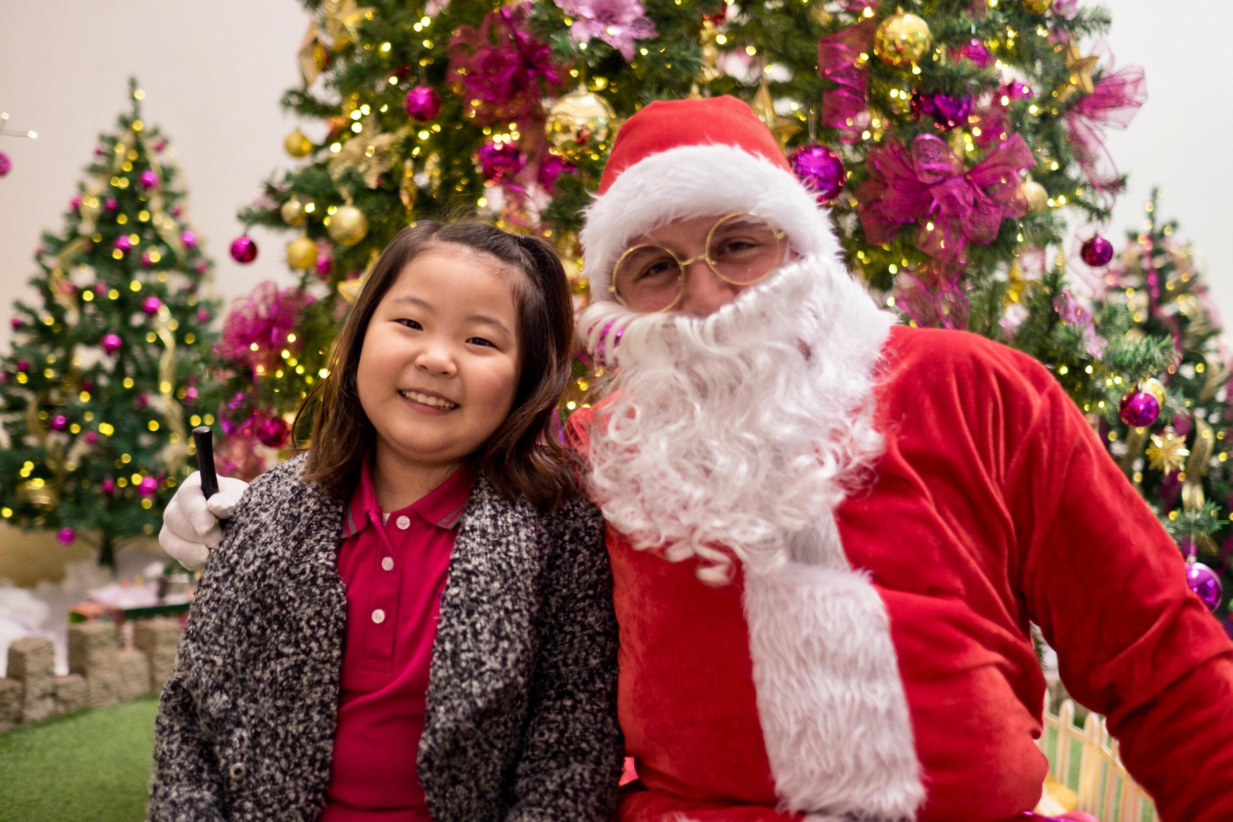 Photoshoot with Santa Clause-221.jpg