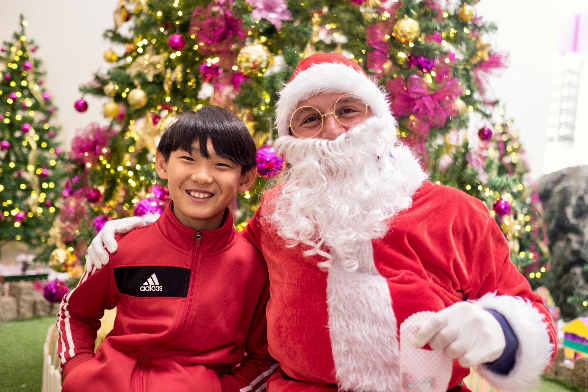 Photoshoot with Santa Clause-348.jpg