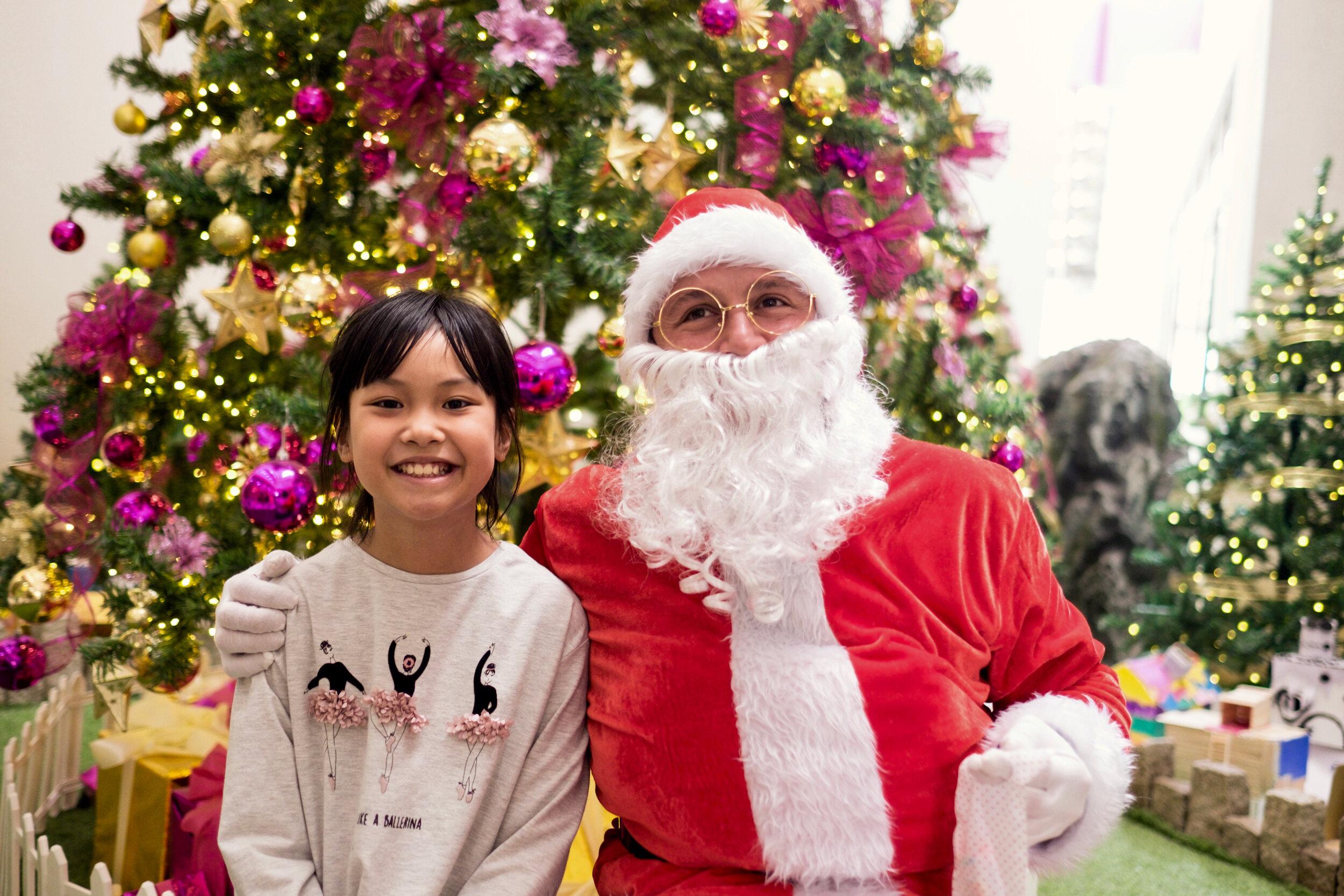 Photoshoot with Santa Clause-352.jpg