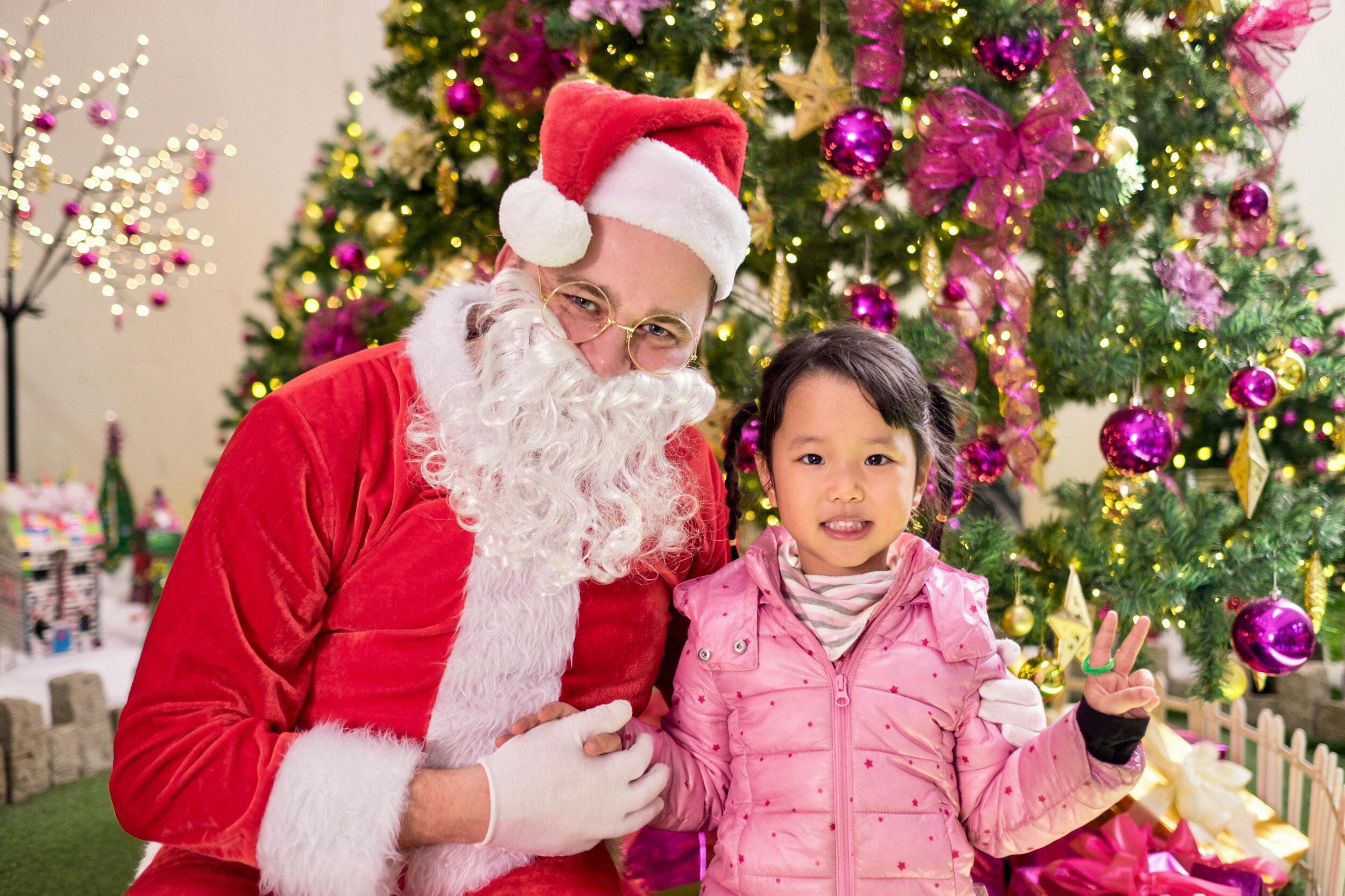 Photoshoot with Santa Clause-667.jpg