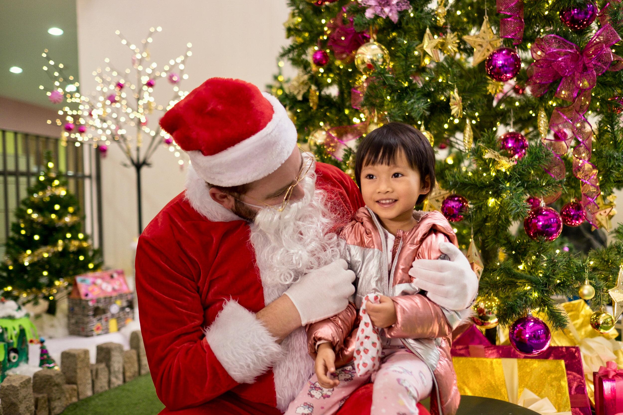 Photoshoot with Santa Clause-723.jpg