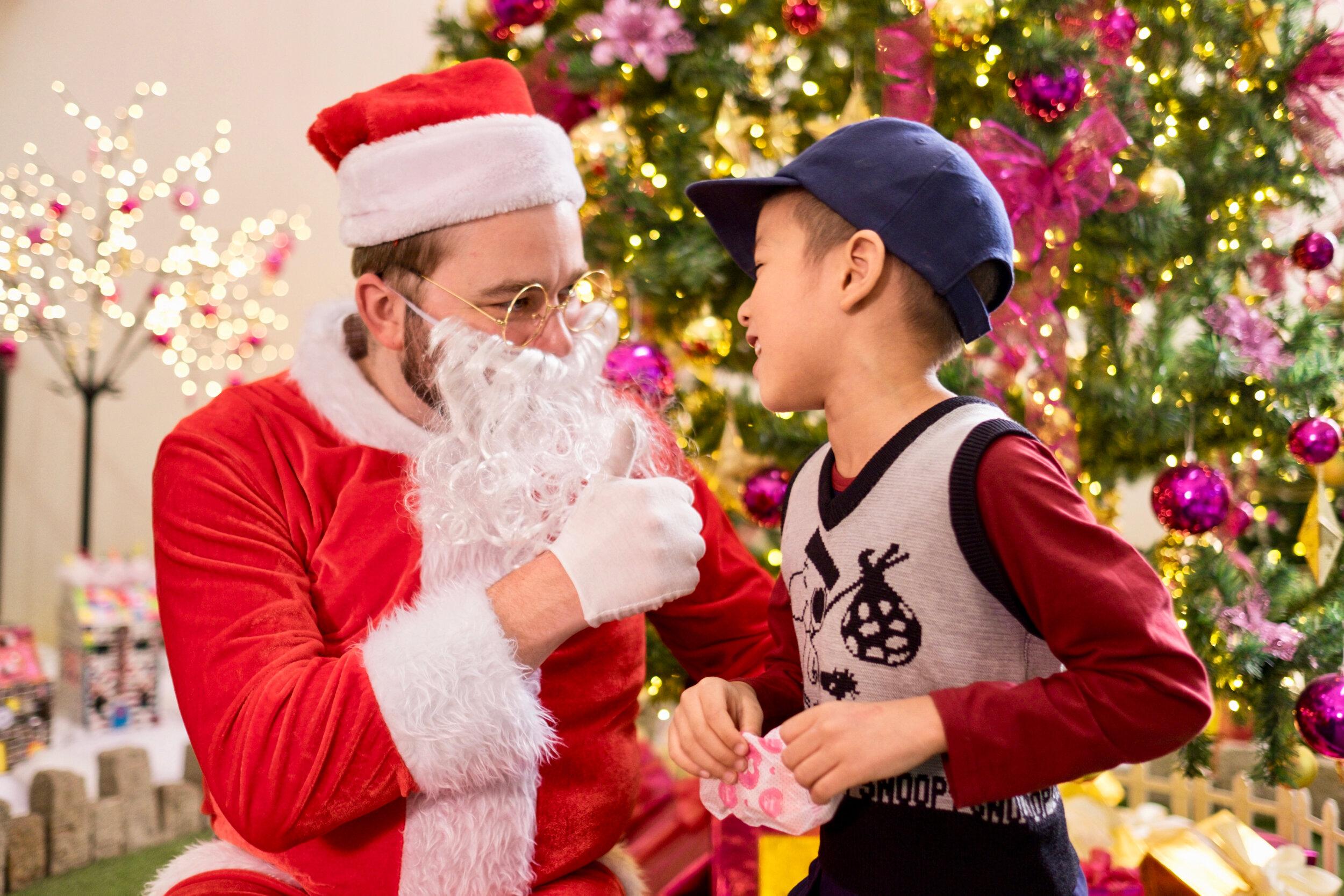 Photoshoot with Santa Clause-771.jpg