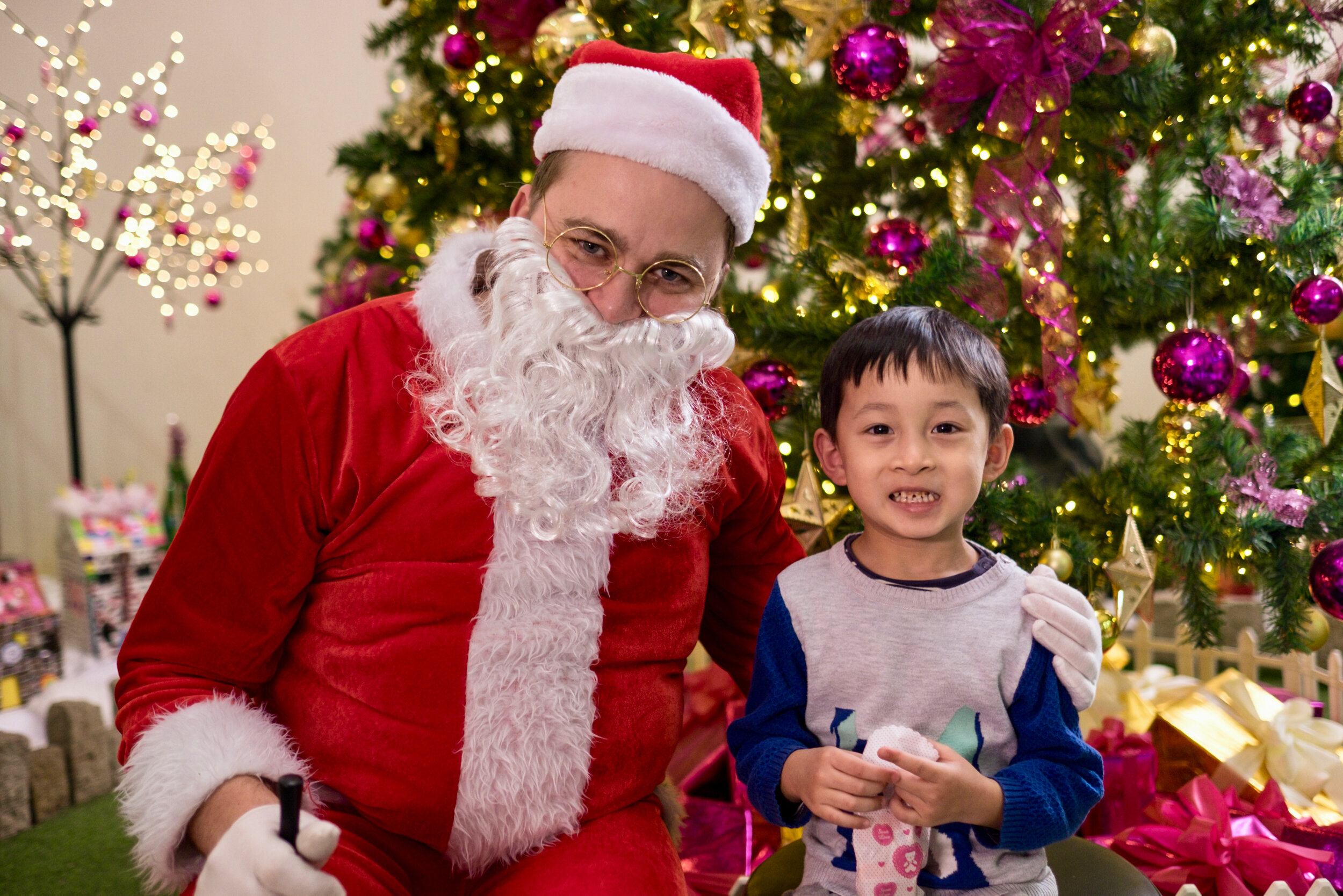 Photoshoot with Santa Clause-787.jpg