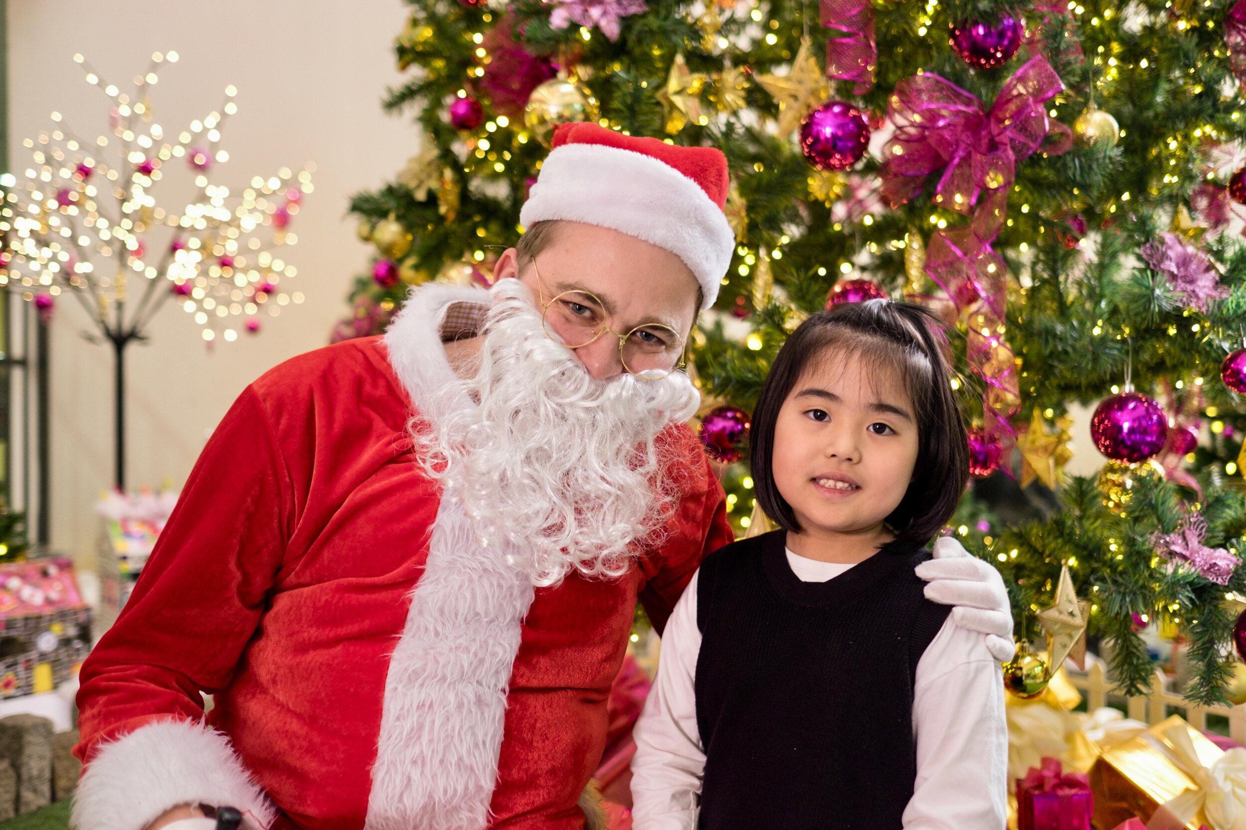 Photoshoot with Santa Clause-827.jpg