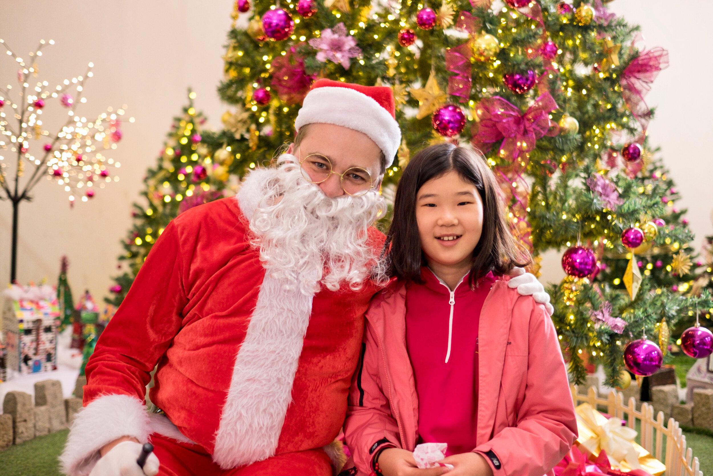 Photoshoot with Santa Clause-869.jpg