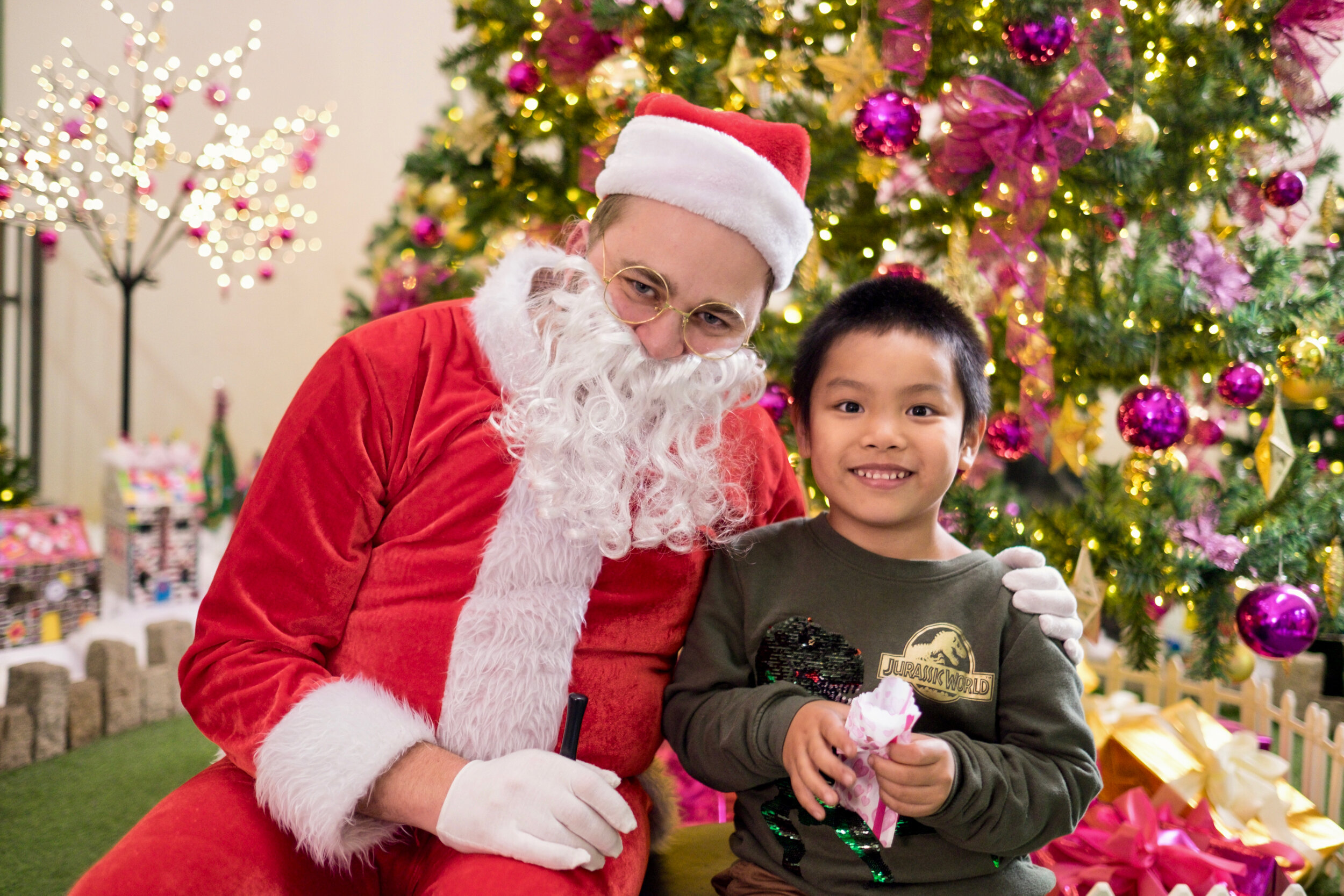 Photoshoot with Santa Clause-934.jpg