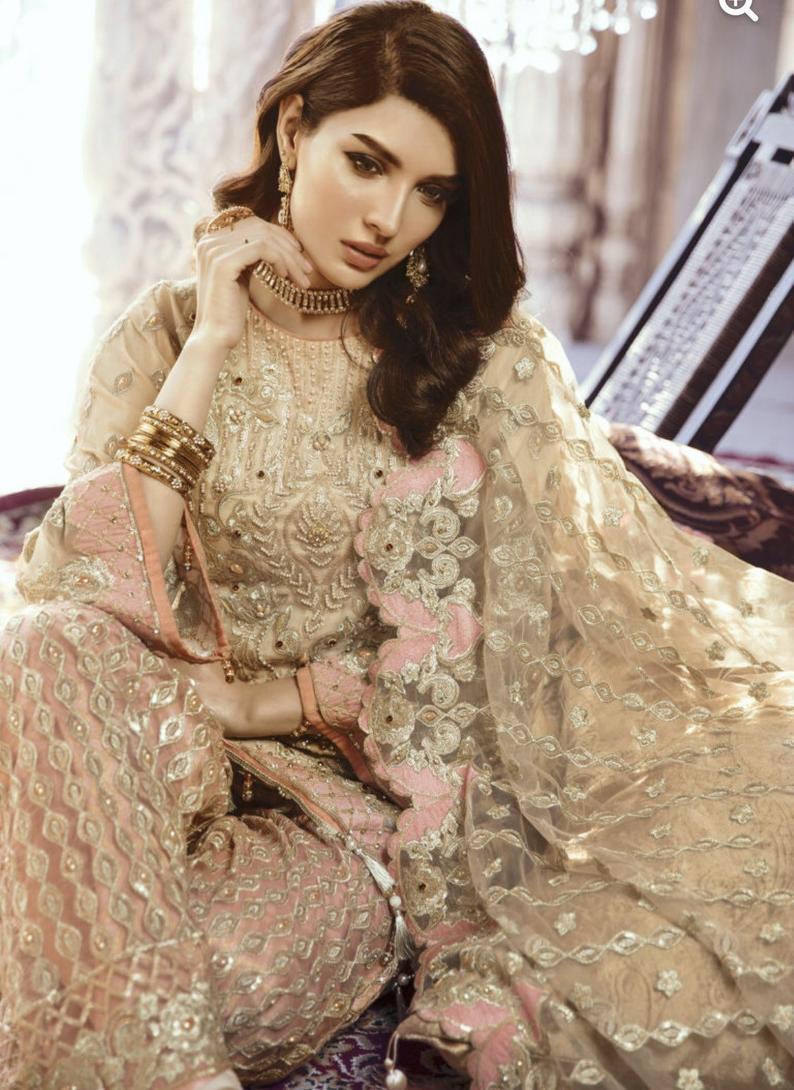 Salwar kameez Designs \u2014 Salwar Suits \u2014 Pakistani Salwar Kameez