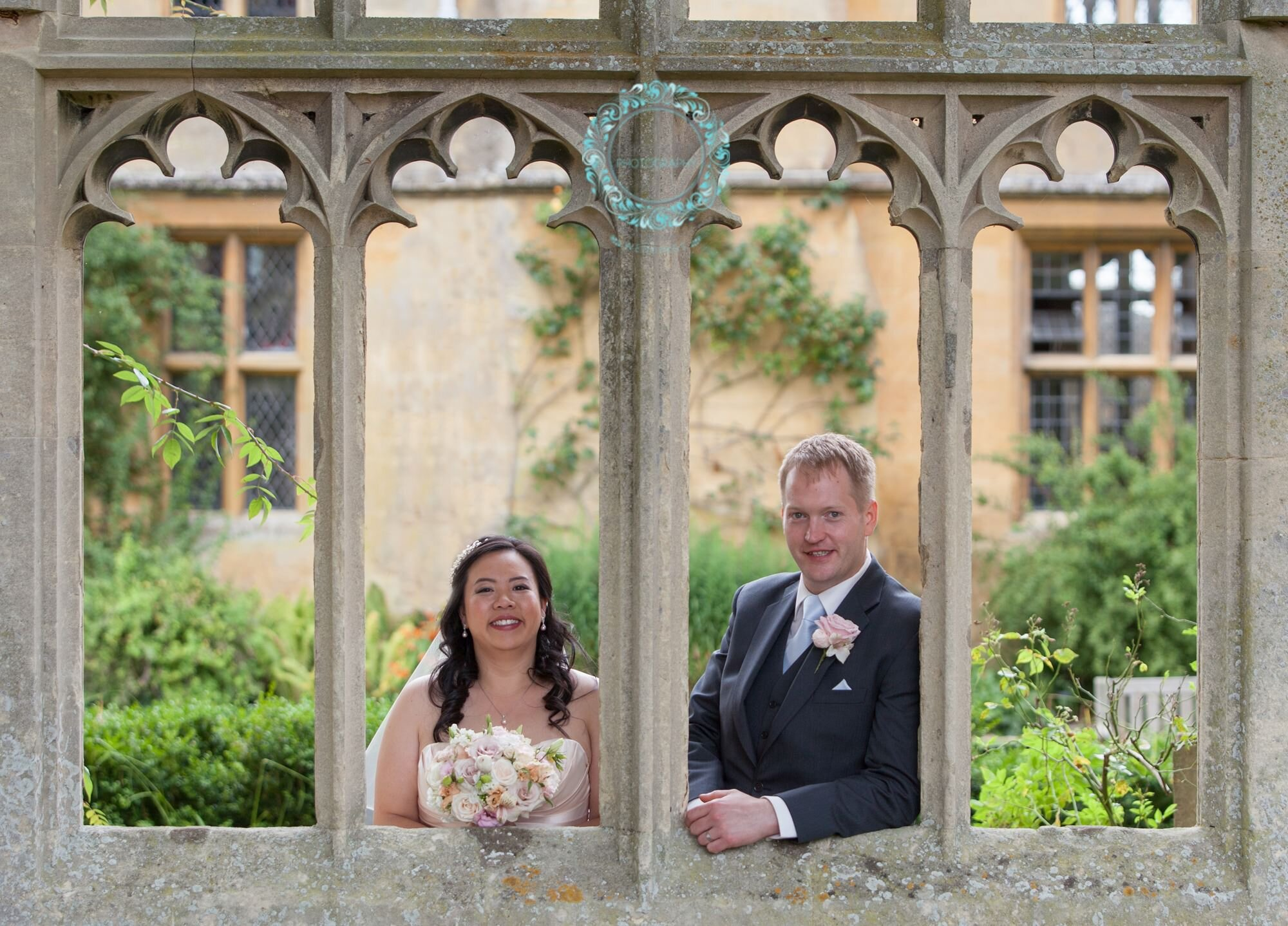 Sudeley-Castle-Cotswolds-婚礼获奖-婚礼策划师-Perfection-12a.jpg