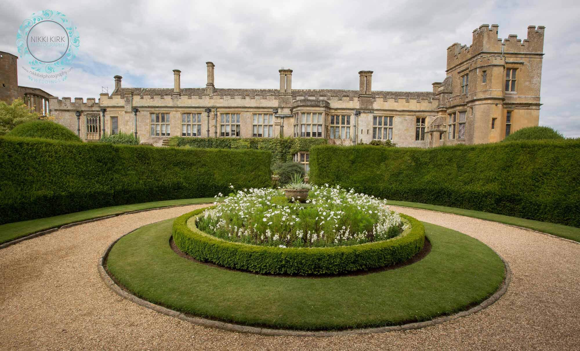 Sudeley-Castle-Cotswolds-婚礼获奖-婚礼策划师-Perfection-41.jpg
