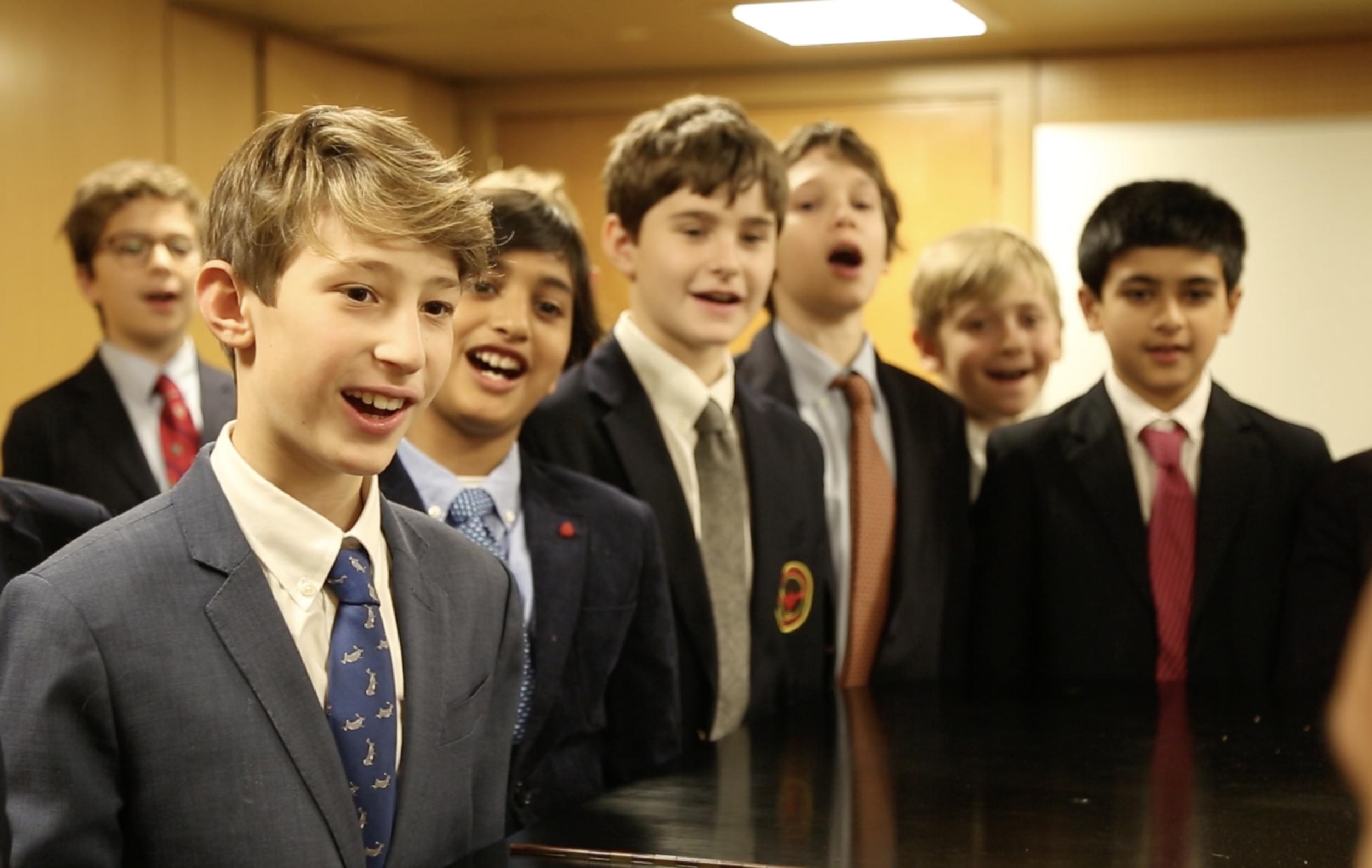 中学-勃朗宁中学培养了一个环境,男孩可以自信地从童年走向青春期.Learn More