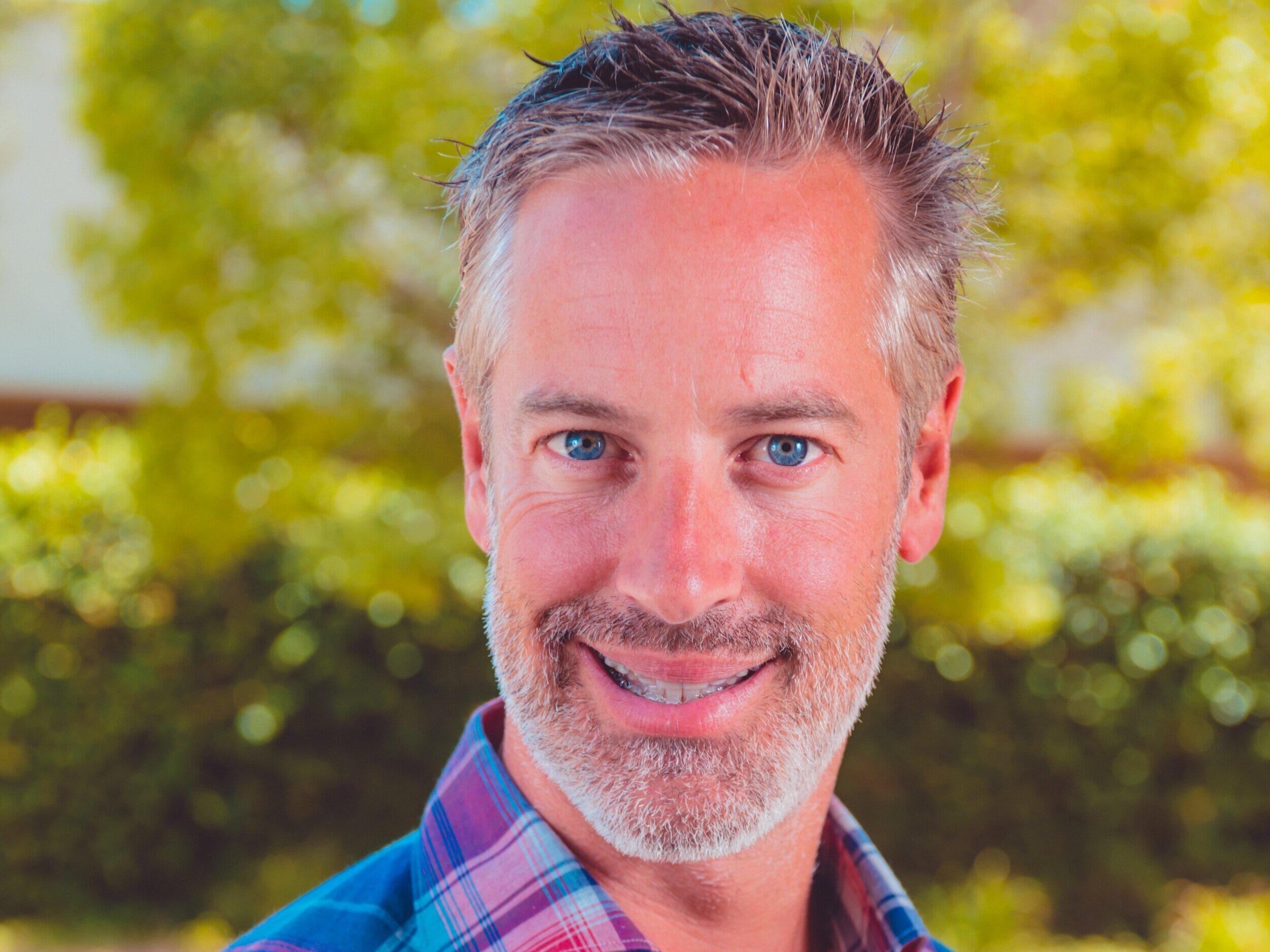 Trevor Klein有12年的战略规划经验, e-commerce and online marketing, 特雷弗为董事会带来了丰富的知识和策略.