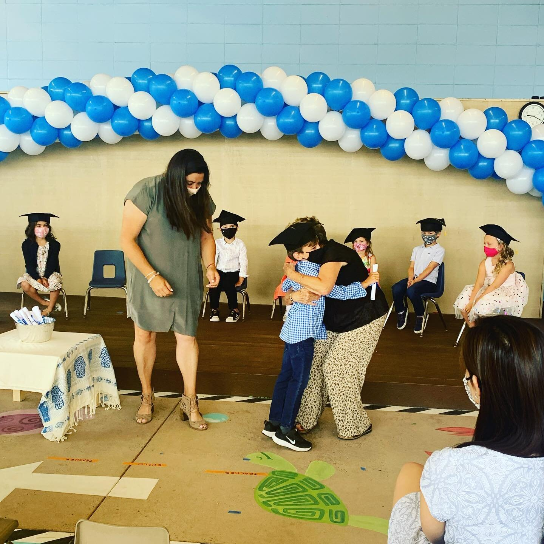 祝贺AG娱乐PreK的毕业生🎓祝你们在幼儿园和以后的日子里一切顺利! # sdja # littlestlions # kindergartenbound