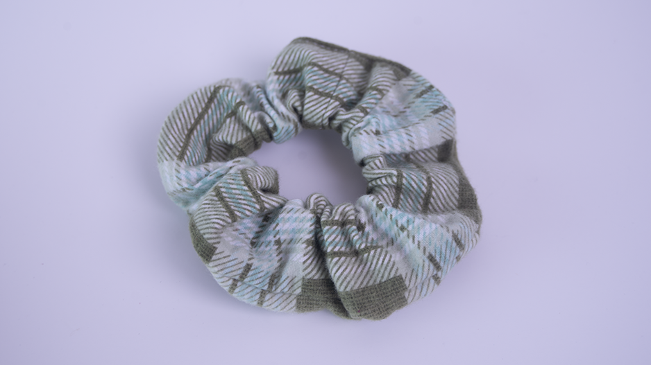 Bee Tossed Flannel Sunshine Scrunchies